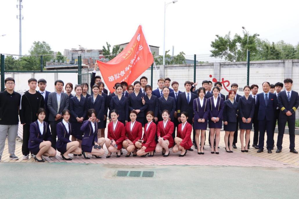 西安外国语大学国际学院学生积极参加学校2021年田径运动会(图3)